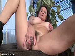 Nasty mature slut gets horny taking part6