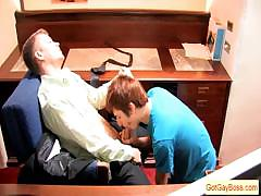 gay-boss-has-his-worker-suck-his-dick-by-gotgayboss