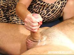 cfnm-handjob-with-cumplay