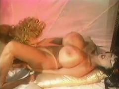 busty-lesbian-classic