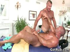 fine-guy-gets-amazing-gay-massage-part1