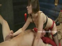 Men Hanged In Ropes Used By Dominatrix Slut That Loves To
