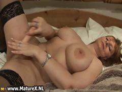 big-tits-mature-mom-with-black-stockings-part3