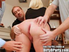 barely-legal-squirting-blonde-southern-bell-gang-banging