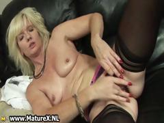 blonde-mature-housewife-loves-oiling-part5