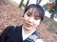 cute-geisha-talked-into-having-sex