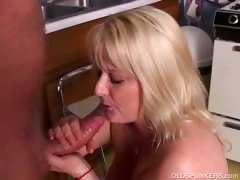 sexy-mature-porn-star-lizzy-liques-loves-to-fuck