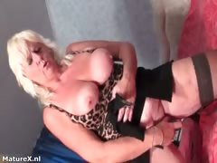 mature-whore-gets-horny-dildo-fucking-part2