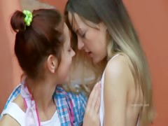 romantic-lesbo-adventure-from-germany