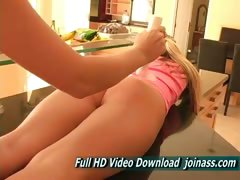 alyssa-blonde-girl-with-natural-tits-and-young-in-alison