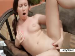 Outdoor Orgasm 18 years beauty Vasilla